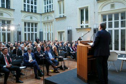 Begrüßung durch den Vorsitzenden der Ludwig-Erhard-Stiftung Roland Tichy