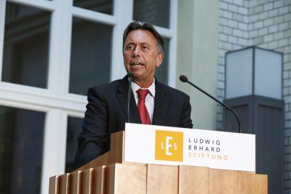 Prof. Dr. Norbert Bolz, Medienwissenschaftler an der TU Berlin, hält das Impulsreferat.