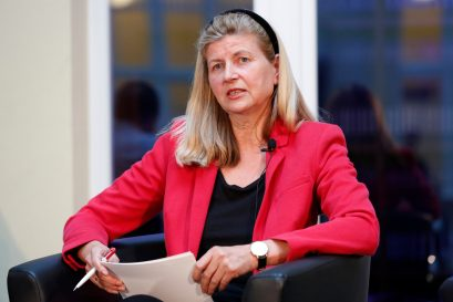 Dr. Dorothea Siems, Chefkorrespondentin für Wirtschaftspolitik Die Welt, moderiert die Diskussion.