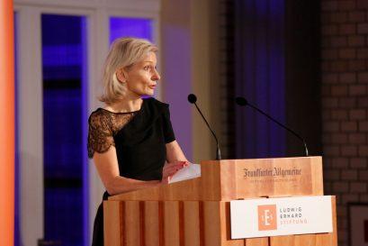 """Preisträgerin Zanny Minton Beddoes, Chefredakteurin der Zeitschrift """"The Economist"""""""