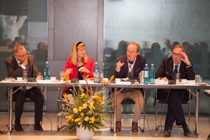 Prof. Dr. Hans-Jürgen Papier, Moderatorin Dr. Dorothea Siems, Prof. Dr. Michael Wohlgemuth, Prof. Dr. Ulrich Blum
