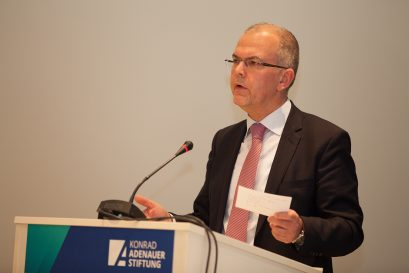 Dr. Hans-Jörg Naumer, Capital Markets & Thematic Research bei Allianz Global Investors