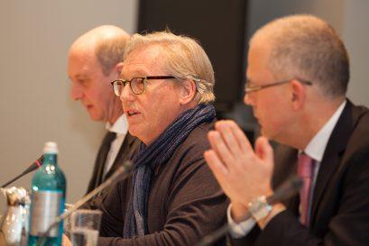 Moderator Oswald Metzger, stellvertretender Vorsitzender der Ludwig-Erhard-Stiftung