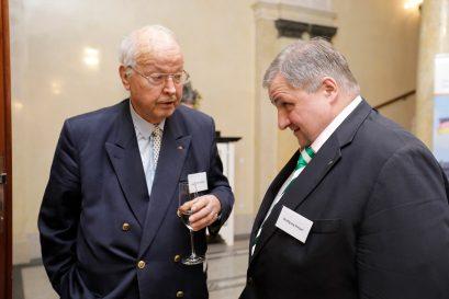 Dr. Herbert B. Schmidt, Ehrenmitglied der Ludwig-Erhard-Stiftung und Gründungsgeschäftsführer des Wirtschaftsrates der CDU von 1963 bis 1970, und Wolfgang Steiger, Generalsekretär des Wirtschaftsrates der CDU
