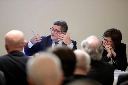 Diskussionsleiter Roland Tichy, Vorsitzender der Ludwig-Erhard-Stiftung