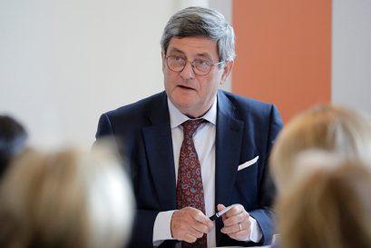 Moderator Roland Tichy, Vorsitzender der Ludwig-Erhard-Stiftung