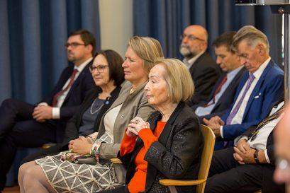 Zur Delegation der Ludwig-Erhard-Stiftung gehörten (v.l.) Lars Vogel, Geschäftsführer der Stiftung, Angela Gastrow, Vorstandssekretärin, Andrea Tichy und Dr. Isabel Mühlfenzl, Ehrenmitglied der Ludwig-Erhard-Stiftung.