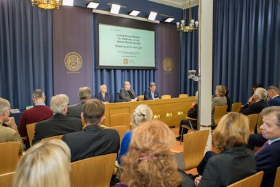 Die Preisverleihung fand in den Räumlichkeiten der estnischen Zentralbank in Tallinn statt.
